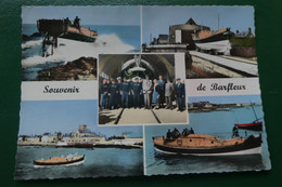 I 1 / BARFLEUR MANCHE ECRITE EN 1962 CARTE DENTELLEE ET DIVERSES VUES SOUVENIR DE BARFLEUR LANCEMENT DU CANOT DE SAUVETA - Barfleur