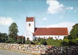1 AK Dänemark * Eine Dänische Dorfkirche - Aus Der Karte Geht Der Ort Nicht Hervor * - Denmark