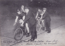 Cpa ( Photo )- Sport Cyclisme -paris Vel D'hiv.,27/1/1925-Henri Fossier Bat Leopoldo Torricelli En Demi Fond - Cycling