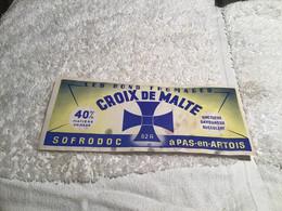 Étiquettes De Fromage   En L état Les Bons Fromages Croix De Malte Sofrodoc A Pas En Artois - Käse