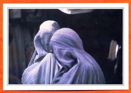 Asie AFGHANISTAN  Kaboul  Femmes Voilées - Aardrijkskunde
