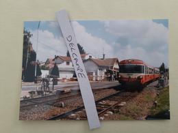 SNCF : Photo Originale L THOMAS : Autorail X 4691 Au PN Manuel De Le Coteau (42) En 1997 - Treinen