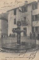 LACAZE (Tarn): Place De La Gendarmerie Et Vieille Fontaine - Gendarmerie - Andere Gemeenten