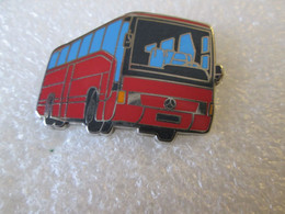 PIN'S    BUS   MERCEDES BENZ  Zamak   SOFREC - Transportation