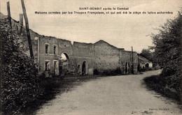 86 SAINT-BENOIT Après Le Combat  Maisons Cernées Par Les Troupes Françaises - Saint Benoit