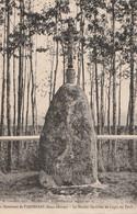 PARTHENAY. - Le Menhir Chrétien Du Logis Du Theil. Carte Pas Courante - Parthenay