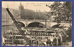 CPA 75 PARIS - Les Travaux Du Métro Sur La Seine - Stations, Underground