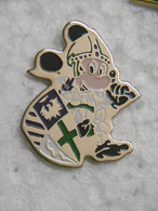 Pin's - DISNEY MICKEY Mouse CHEVALLIER En Armure - Pins Pin Badges - Disney