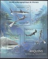 Monaco 2014 Yvert F2931 Neuf ** Cote (2017) 6.80 Euro Requins Nageant Avec Un Homme - Blocks & Kleinbögen