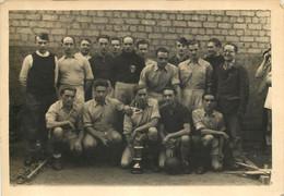 ZIEGENHAIN CARTE PHOTO  CAMP DE PRISONNIERS  STALAG IX A EQUIPE DE FOOTBALL - Guerra 1939-45