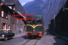 ReproductionPhotographie D'une Vue De Face D'un Train V.F.D Dans La Vallée De La Romanche En 1964 - Riproduzioni
