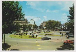 44 - NANTES - La Place De La République - Ed. Du Gabier Pierre ARTAUD N° 74 - Renault Dauphine, Peugeot 404 Citroën Ami6 - Nantes