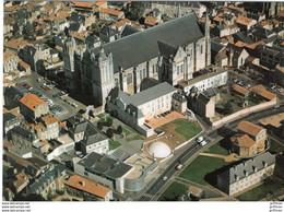 POITIERS 1 PLACE DE LA CATHEDRALE DEVENIR ESPACE PIERRE MENDES FRANCE VUE AERIENNE CPM GM 1990 TBE - Poitiers