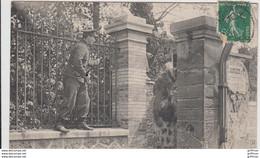 LIGUE DE SECURITE DE LA VILLE D'ASNIERES CHIENS DE GARDE A LA POURSUITE DE L'APACHE 1910 TBE - Asnieres Sur Seine