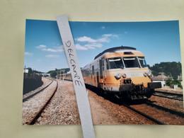 SNCF : Photo Originale L THOMAS : Autorail Turbotrain RTG T 2035 à Bussière Galant (87) En 1999 - Trains