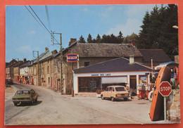 CPSM  23 ROYERES, La Station Service Total à L'entrée Du Village - Royere