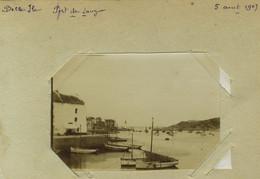 2 Photos. Belle-Île-en-Mer (Morbihan). Port De Sauzon. Porte Du Fort Sarah. Bretagne. 1907. - Lugares