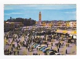 Maroc Marrakech N°1155 PLace Djemaâ El F'na 1966 VOIR ZOOM Citroën 2CV DS Simca Ariane Aronde VW Käfer VOIR TIMBRES - Marrakech