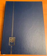 Classeur Yvert Et Tellier Perfecta Référence 2406B Bleu Bon état 64 Pages - Formato Grande, Fondo Negro