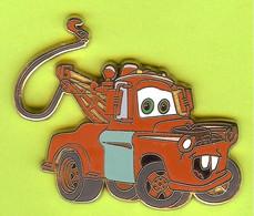 Pin's BD Disney Cars Quatre Roues Mater /Martin Dépanneuse - 2H09 - Disney
