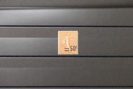 FRANCE - Variété - N° Yvert 220 Type Semeuse - Surcharge Décalée - Neuf ** - L 75907 - Variétés: 1921-30 Neufs