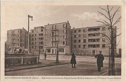 Le Plessis Robinson : Bâtiments De La Garde Républicaine - Le Plessis Robinson