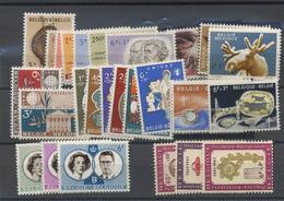 Tous De 1961 ** En Série Complètes. Cote - Unused Stamps