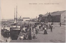 Bv - Superbe Cpa LORIENT - La Criée - Débarcadère Du Bateau De Groix - Lorient