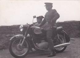 Photographie Espagne MOTO SIDE CAR  Corps National De Police Espagnol Ou Guardia Civil 1667 - Other