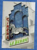 CPM Paris XI Cinéma Le Zèbre De Belleville - Carte De Soutien Pétition à Jean Tibéri Ancien Maire De Paris - Arrondissement: 11