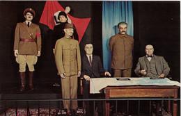 Vintage, The War Leaders Scene Hitler , Mussolini , Chiang Kai Shek , Roosevelts , Stalin , Churchill . - Oorlog 1939-45