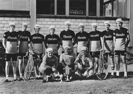 CARTE CYCLISME GROUPE TEAM MONDIA 1971 - Radsport