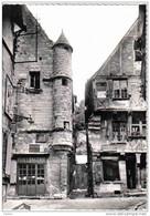 Carte Postale  37.  Chinon  Le Grand-Carroi Boulangerie Rue Voltaire  Trés Beau Plan - Chinon