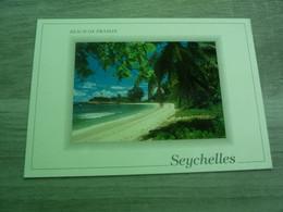 SOUVENIR DES SEYCHELLES - BEACH ON PRASLIN - PHOTO EDEN - ANNEE 2001 - - Seychelles
