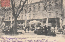AIX EN PROVENCE. Le Marché Et Les Halles Aux Grains - Aix En Provence
