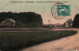 50 / CERISY LA FORET / MONTFIQUET / CARREFOUR DE L EMBRANCHEMENT EN FORET / TRES BELLE CARTE PAPIER GLACE COLORISEE / - Otros Municipios