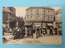 SAINT-BRIEUC - Petit Marché, Place Du Théâtre - Saint-Brieuc