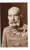 Officier En Uniforme (signature à Décripter)  (W136) - Personajes