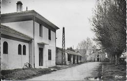 """CABANNES """" Les Bains Le Lavoir L'abbatoir , Belle Carte """"    N°4075 - Otros Municipios"""