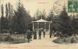 Les Pyrénées (1e Serie) BARBAZAN ( Hte Garonne)Le Parc Et Le Kiosque De L'Orchestre  Labouche Recto Verso - Barbazan