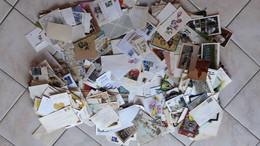 Vrac De Papier 7 Kg Enveloppe Timbrée, Petite Photo, Autres - Collections