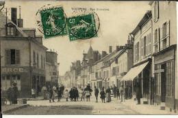 - ARDENNES - VOUZIERS - Rue Bournizet - Vouziers