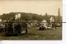 CARTE PHOTO CPA D01 THOISSEY Char De La Fête Des Roses 1929 Plusieurs Chars Décorésavec Des Fleurs. Voitures Elephant - Andere Gemeenten