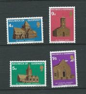 Guernesey Série Yvert N° 30  à 33 **  4 Valeurs Neuves Sans Charnière  ( Pelurage Sur Le N°33 ) - Lr 32006 - Guernsey