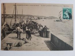 PERROS-GUIREC - Le Port Pendant Le Déchargement - Perros-Guirec