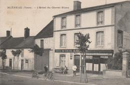 CARTE POSTALE   BLENEAU 89  L'hôtel Du Cheval Blanc - Bleneau