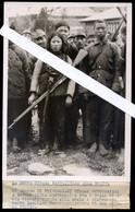 PRESS PHOTO - 1939 - WAR CHINA JAPAN - GROUP OF CHINESE PRISONERS IN LUSHAN (CENTRAL CHINA ) - Oorlog, Militair