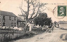 CPA CHARBUY - La Rue De La Gare - Andere Gemeenten