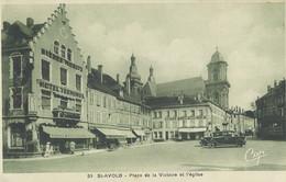 Saint Avold   Place De La Victoire Et L'Eglise - Saint-Avold