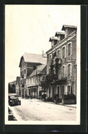 CPA Vayrac, Avenue Saint-Denis, Hôtel Moderne Et Son Annexe - Vayrac